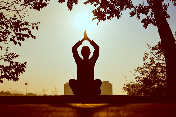 backlit-meditating-meditation-1051838