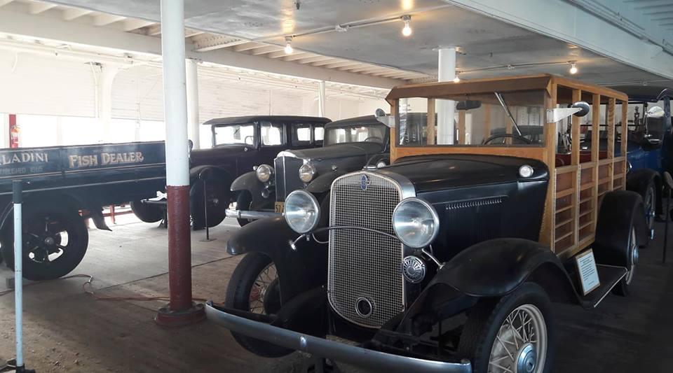 vintage cars 2.jpg